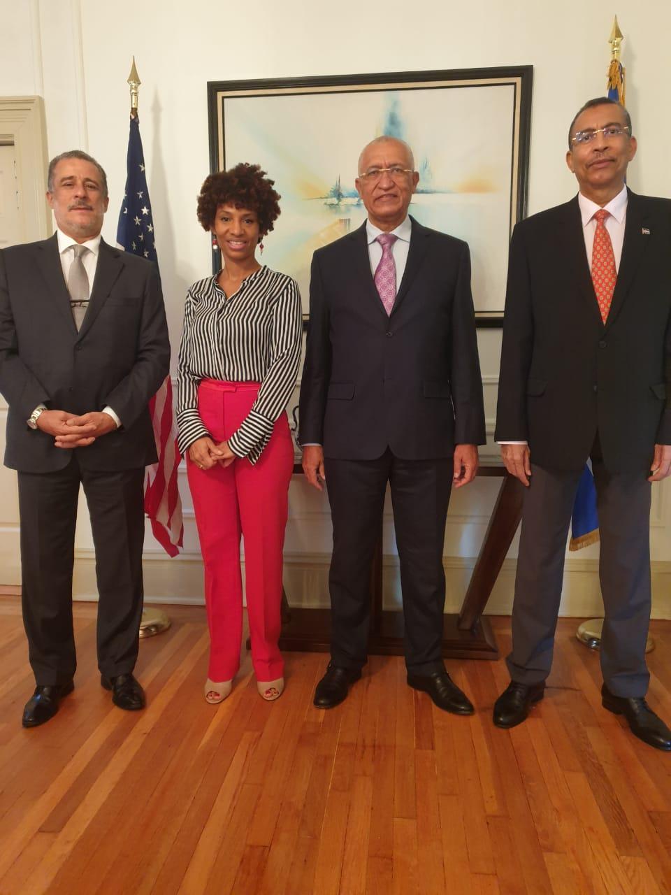 Visita do MNECIR a Embaixada WDC